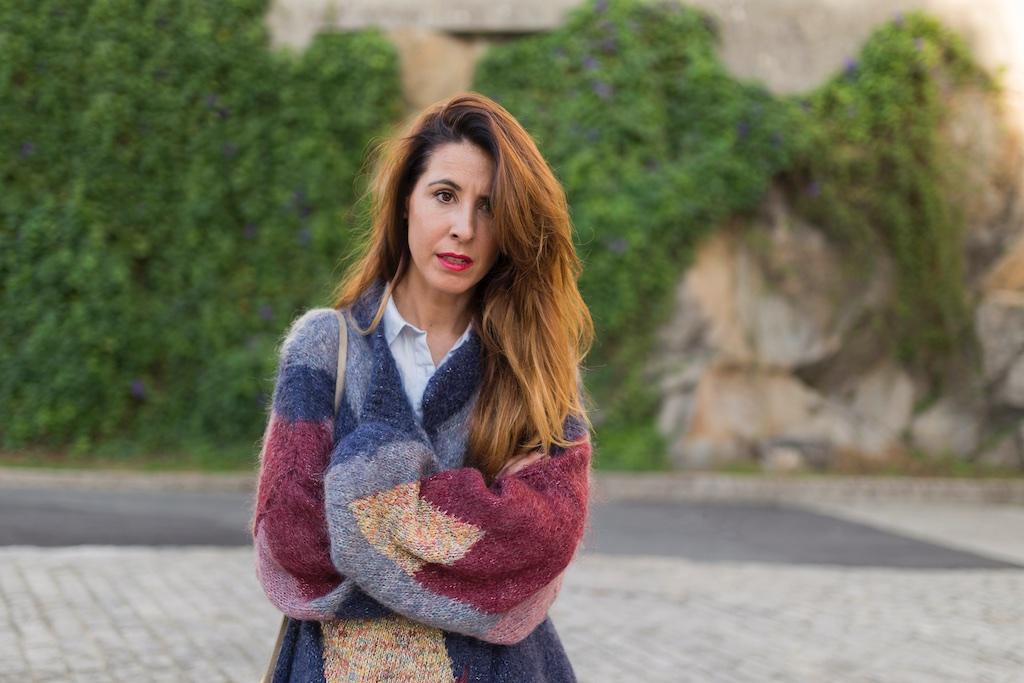 descalzaporelparque- alba cuesta-chaqueta de lana - Vintage & Coffee -vintage- Zara - moda - coruña - fashion - blogger , style , moda calle , streetstyle - denia priegue - video - vintage - sneakers isabel marant - zara
