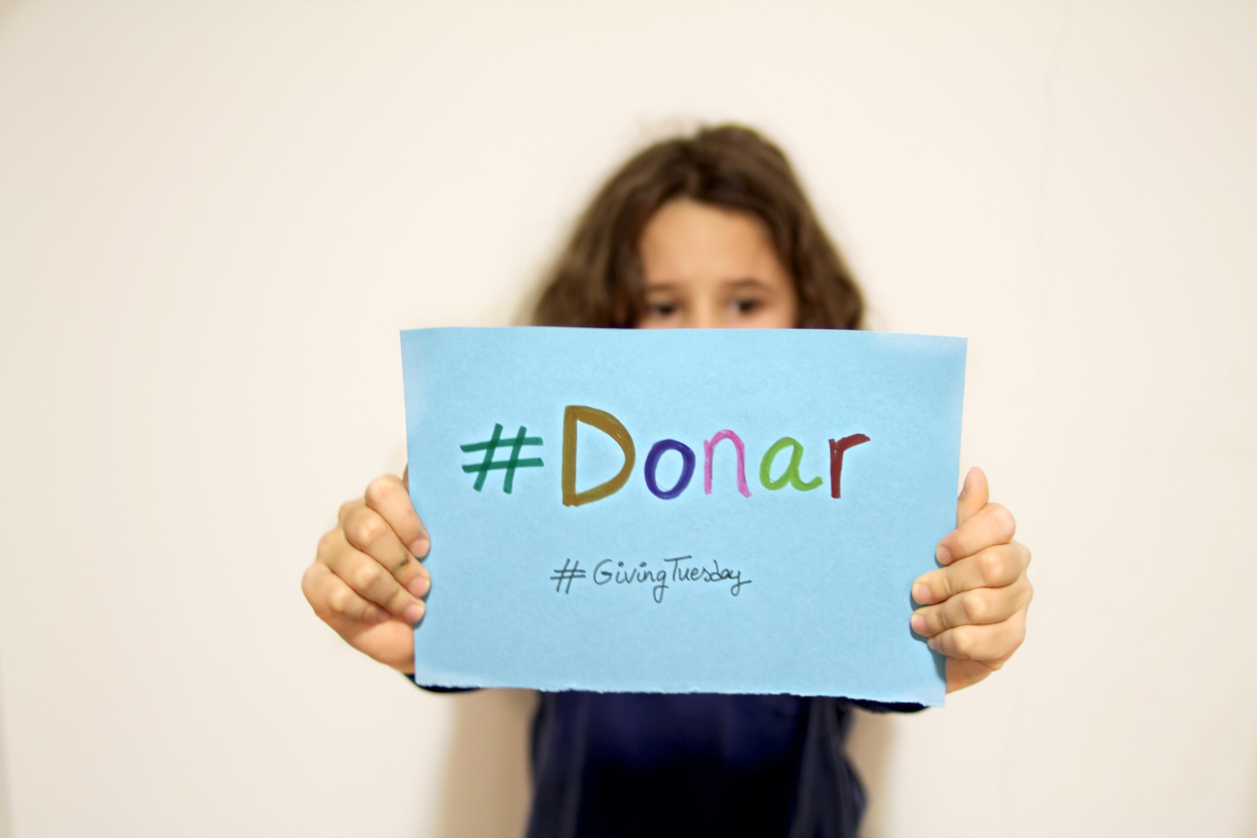 #donar-obra-social-lacaixa-descalzaporelparque-blogger-kids-solidaridad-givingtuesday
