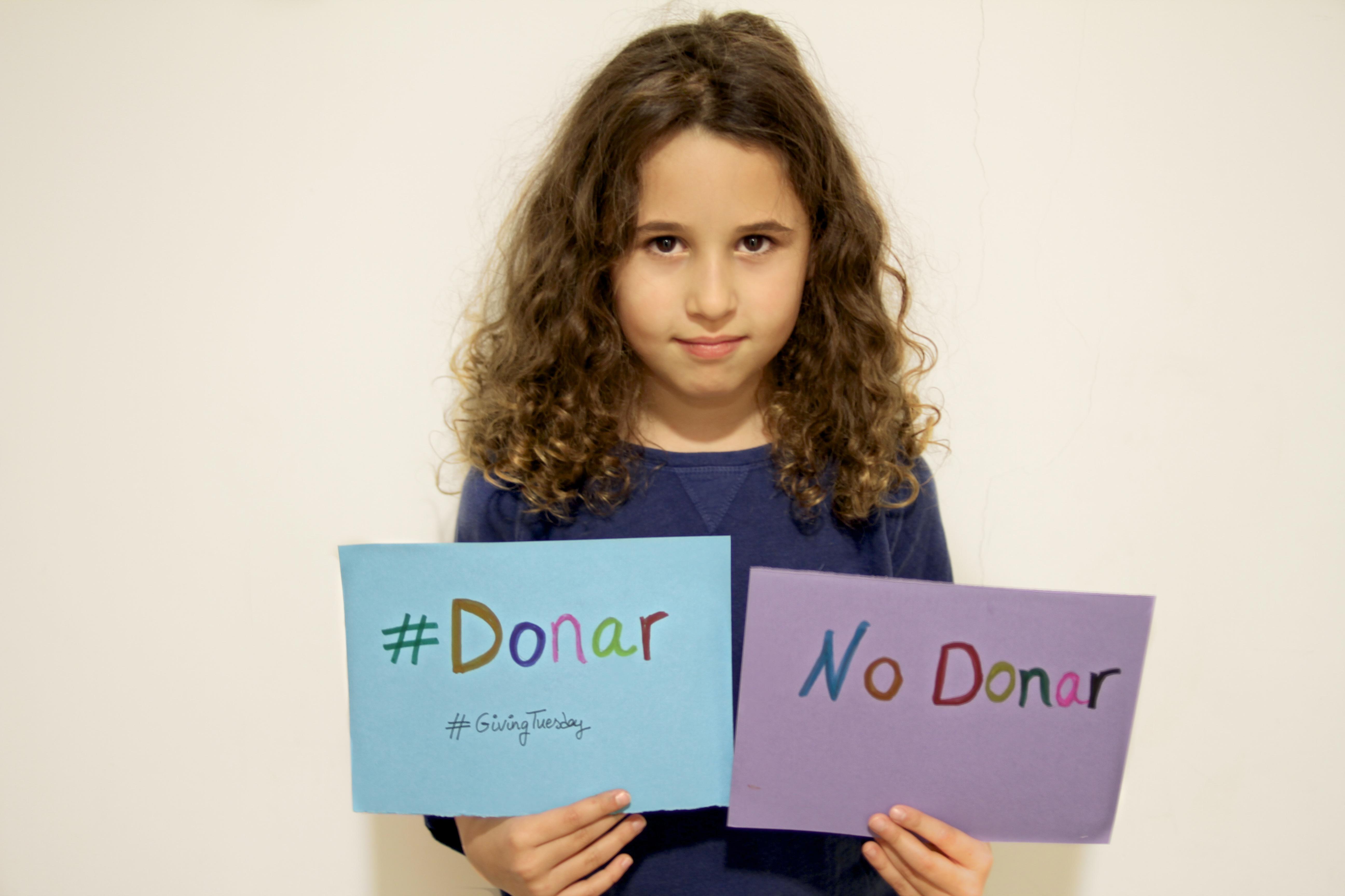 Jimena- la caixa-donar-obra-social-lacaixa-descalzaporelparque-blogger-kids-solidaridad-givingtuesday