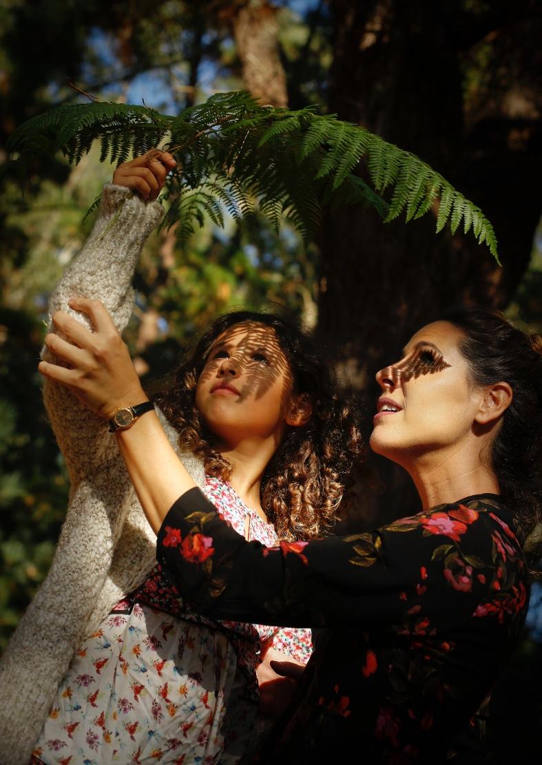 MODA PARA EL COMARCAL-ZARA KIDS - Zara dress - descalzaporelparque-Moda de otoño - ZARA - kids- choker Pull&Bear - moda - coruña - fashion - blogger - style - moda - madre e hija - la voz de galicia - comarcal- botines