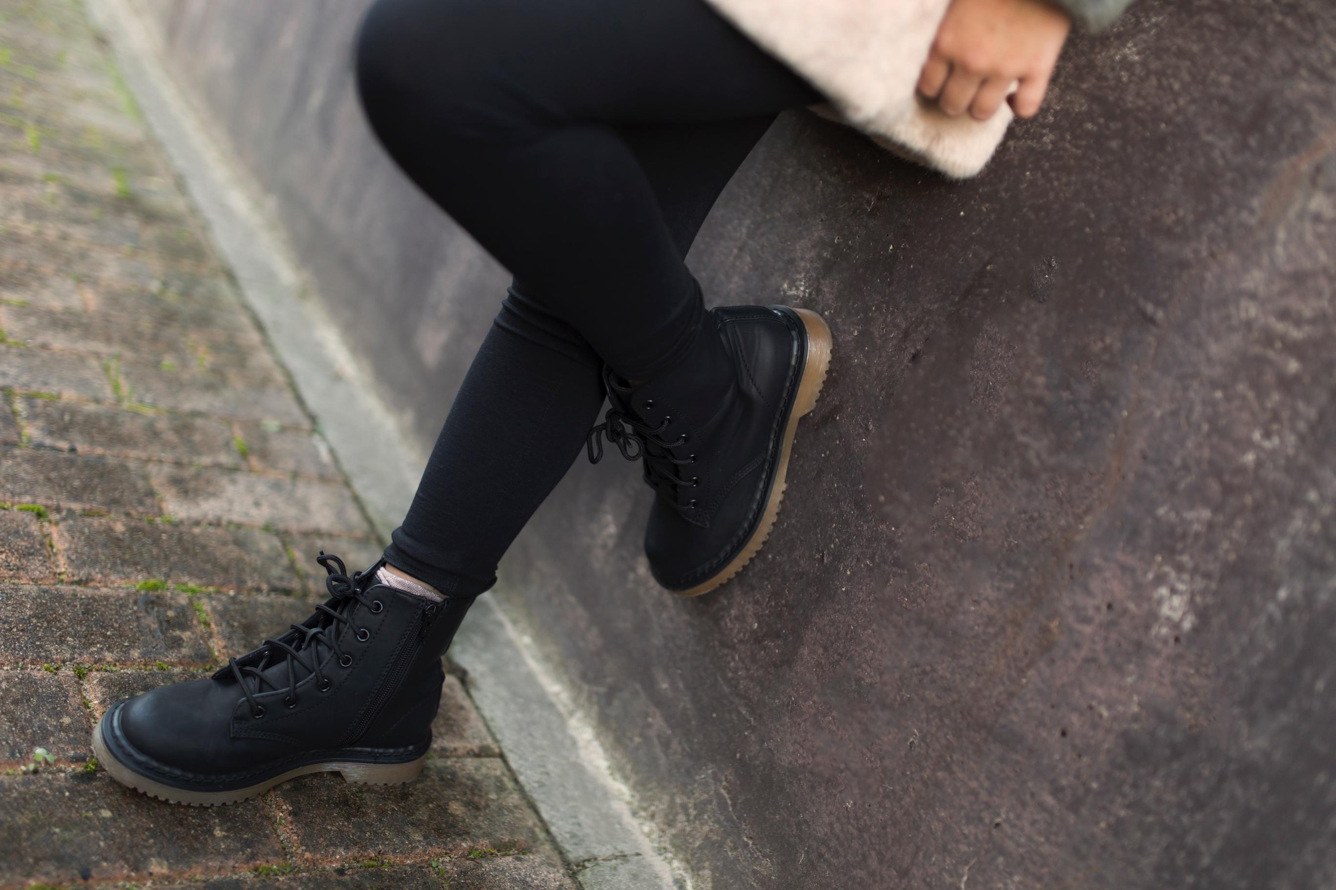 Jimena -style- Primark boots-niños-moda-coruña-look-fashion girl-zara kids-descalzaporelparque