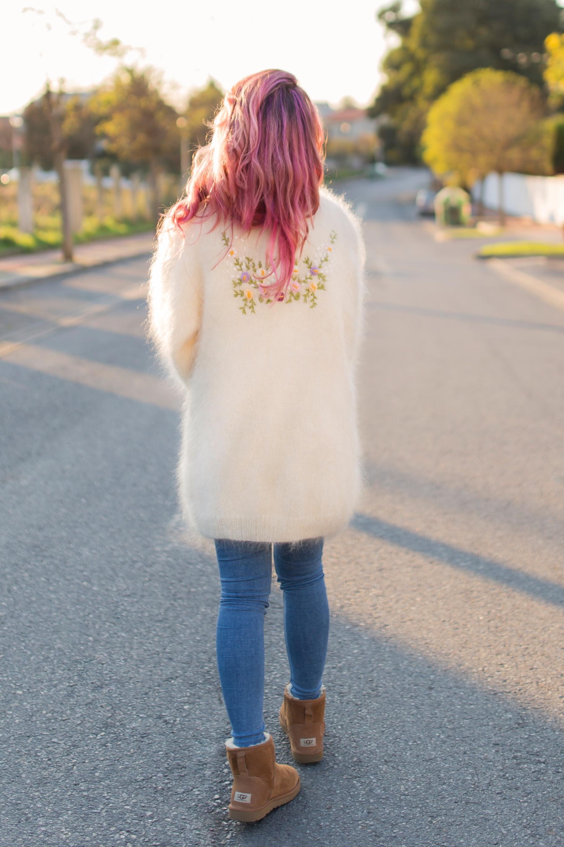 alba-pink hair-coruña-mohair-vitagecoffee-ugg-moda-descalzaporelparque-descalza-look