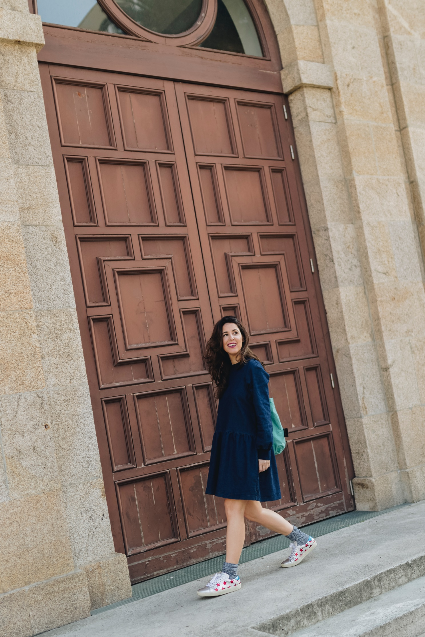 vestido denim-vaquero-zara-fashion-blogger-coruña-Saint Laurent-sneakers
