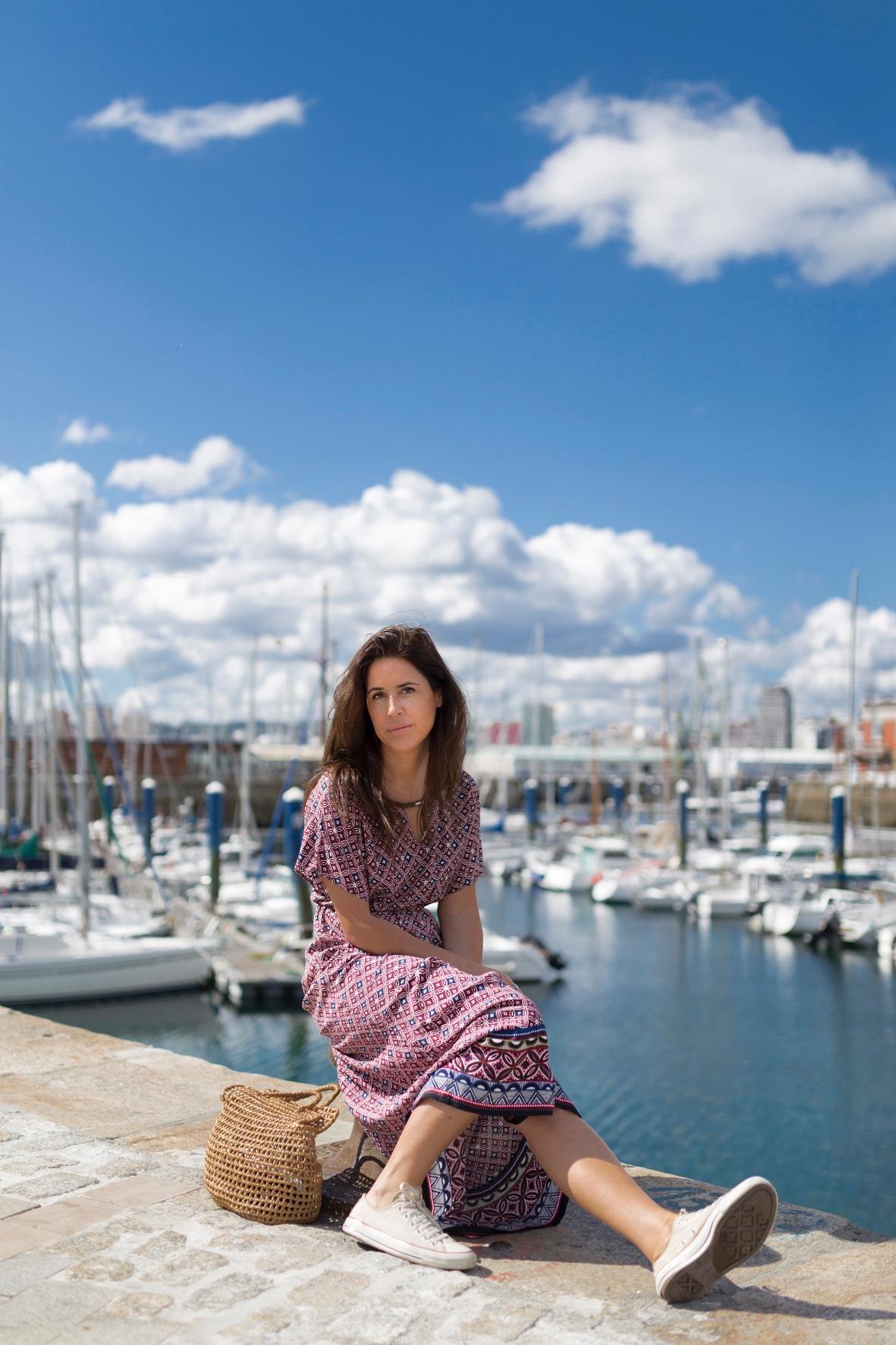 style-C&A dress- bolso de mimbre- vestido largo- C and A- descalzaporelparque- fashion-moda-blogger- alba cuesta