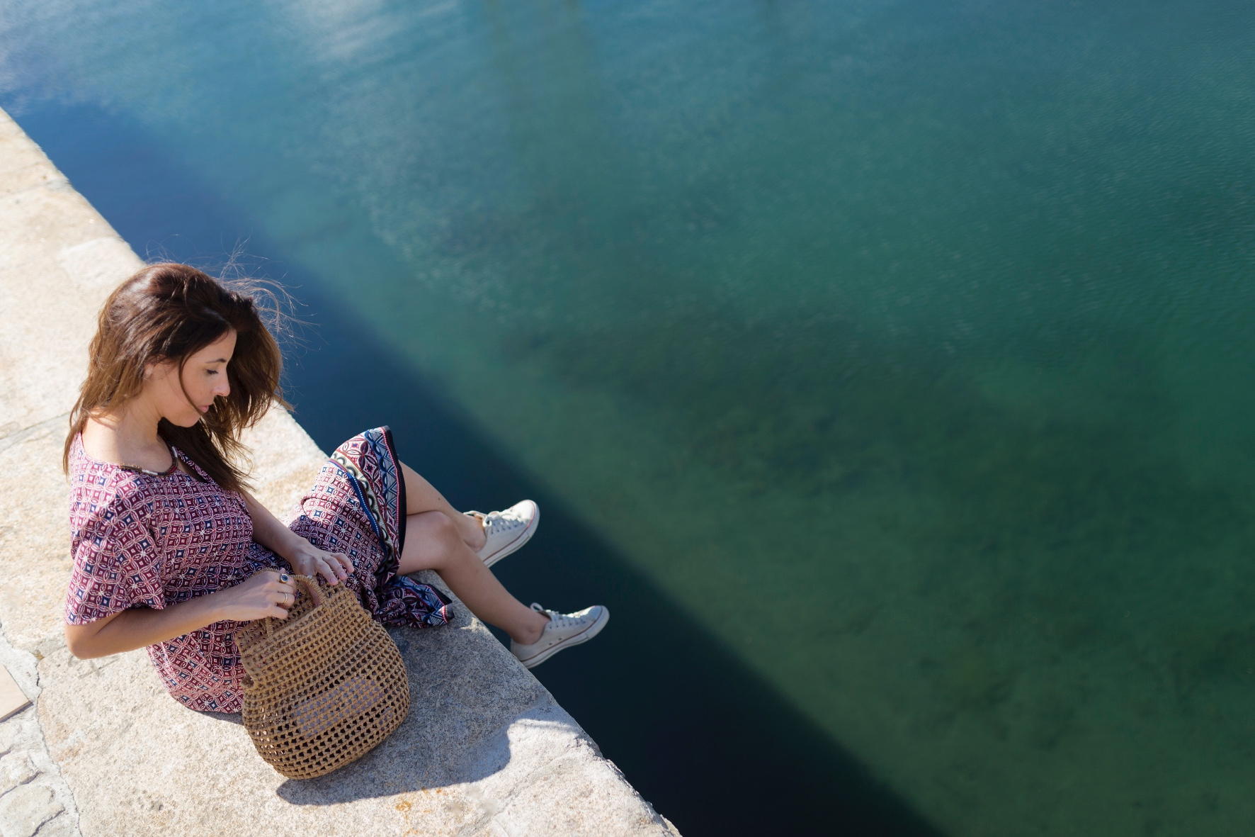 C&A dress- bolso de mimbre- vestido largo- C and A- descalzaporelparque- fashion-moda-blogger- alba cuesta-coruña