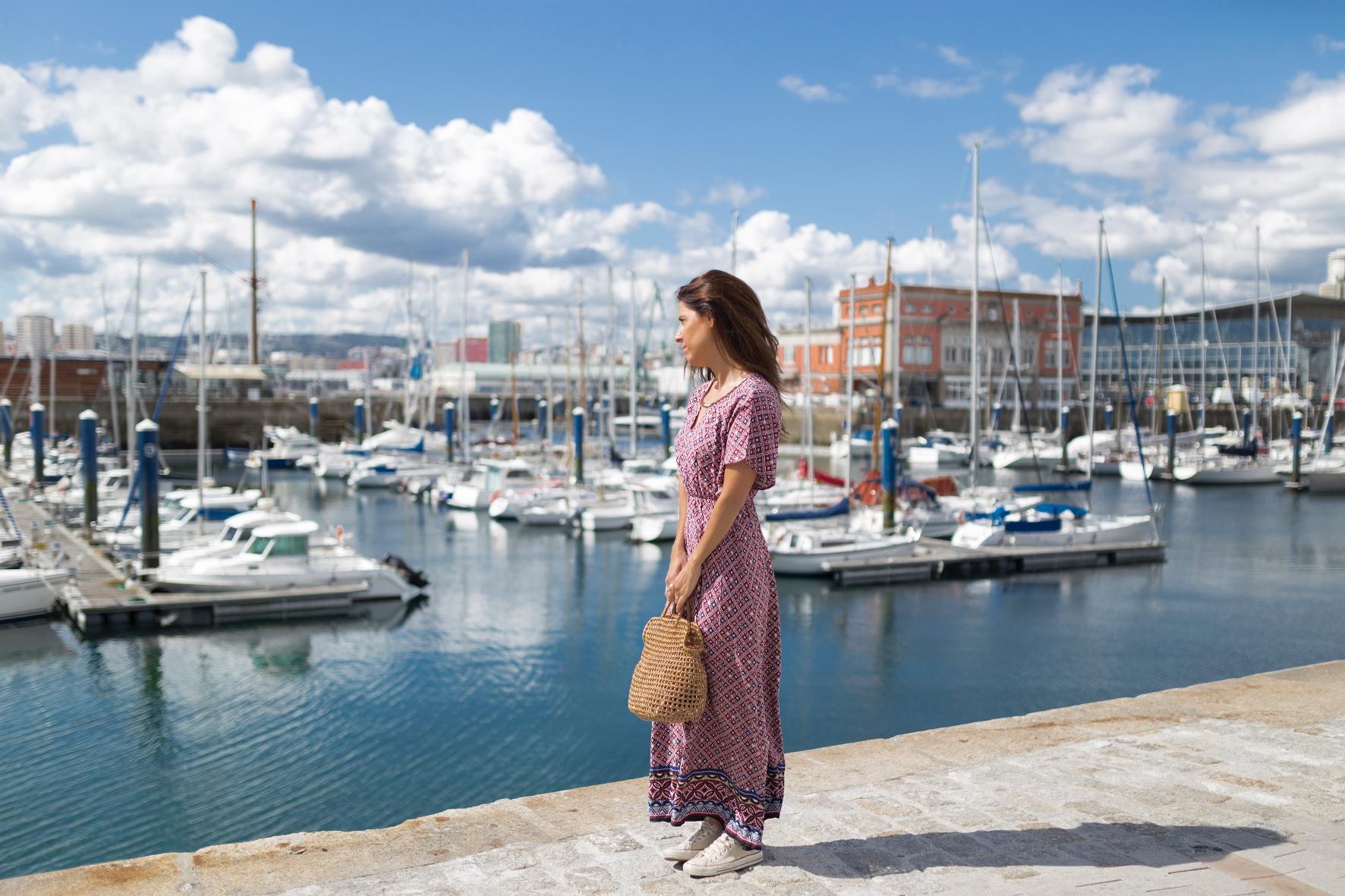 C&A dress- bolso de mimbre- vestido largo- C and A- descalzaporelparque- fashion-moda-blogger- alba cuesta