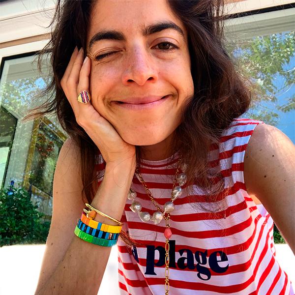 Leandra Medine con perlas