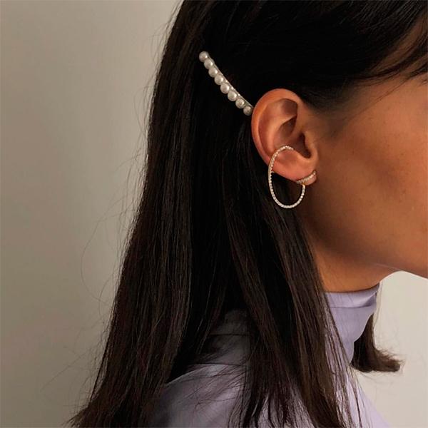 María Bernad con perlas