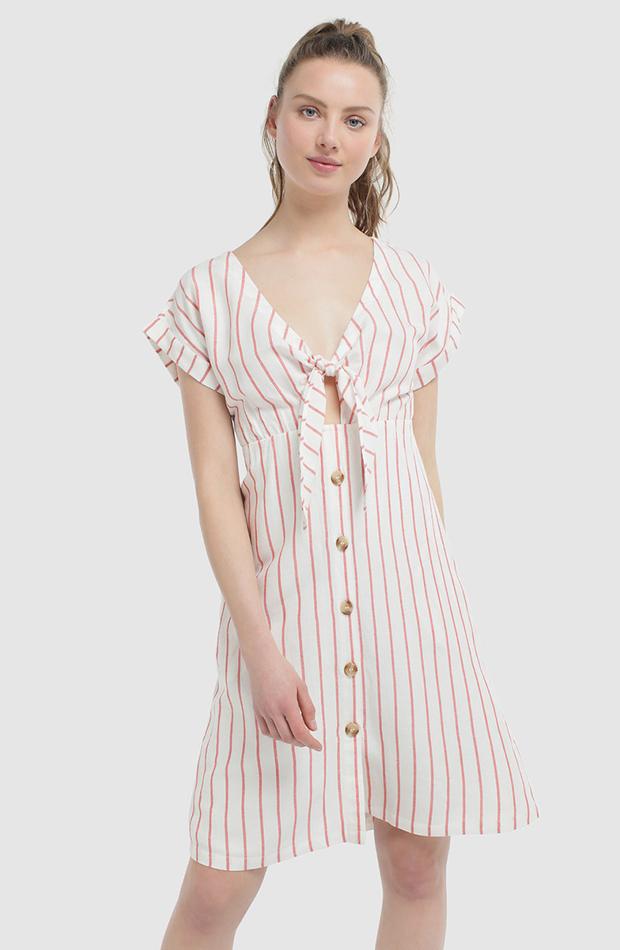 vestido de rayas con botones de formula joven
