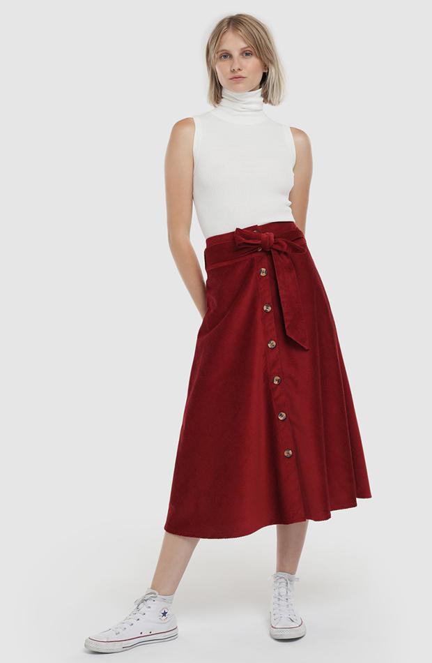 falda midi roja formula joven