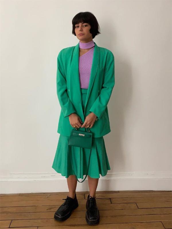 María Bernad con blazer verde