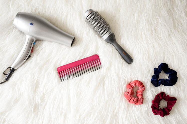 utencilios para cabello cuidados de pelo en otono