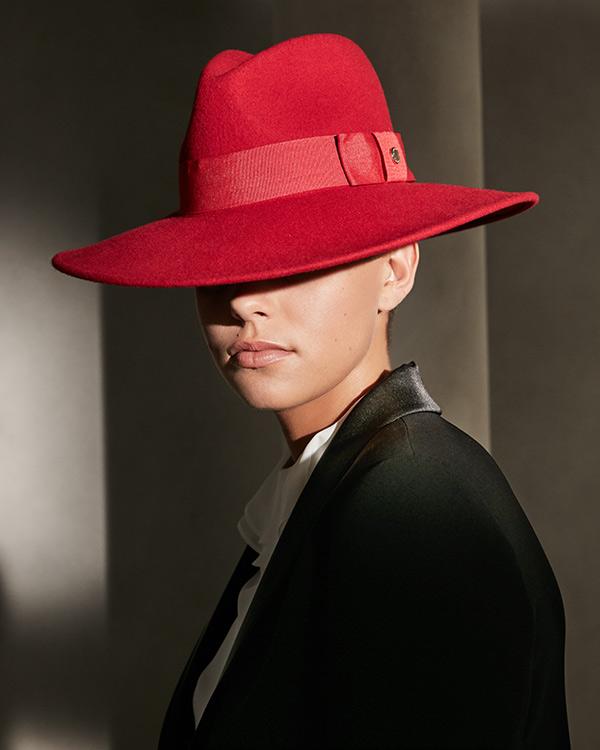 sombrero de lana rojo gloria ortiz