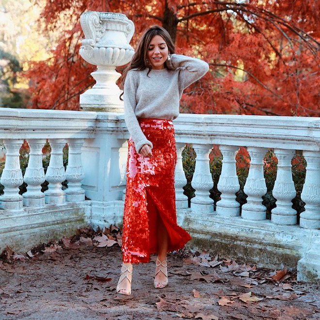 Paula Ordovás con falda de lentejuelas