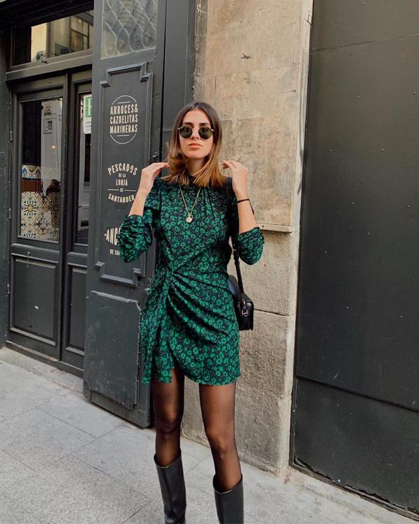 Mery Turiel vestidos mini con medias