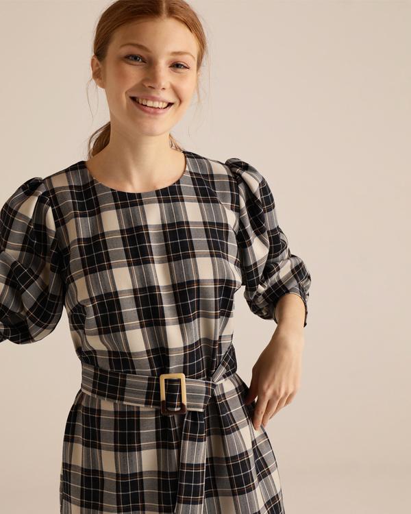 vestido corto Fómula Joven
