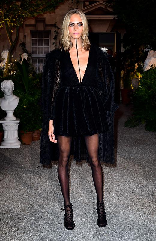 Cara Delenvigne london fashion week