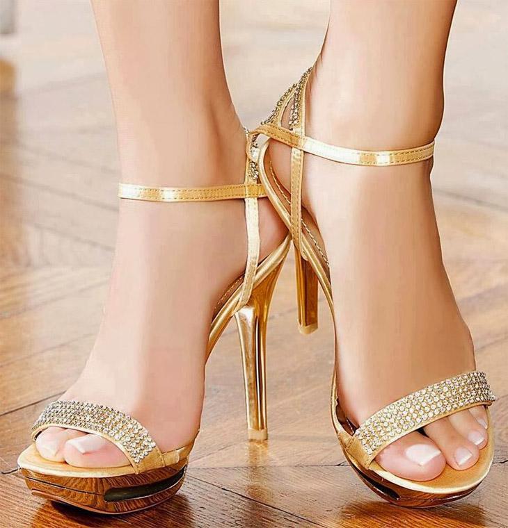 Pisa fuerte con tus zapatos de tacón