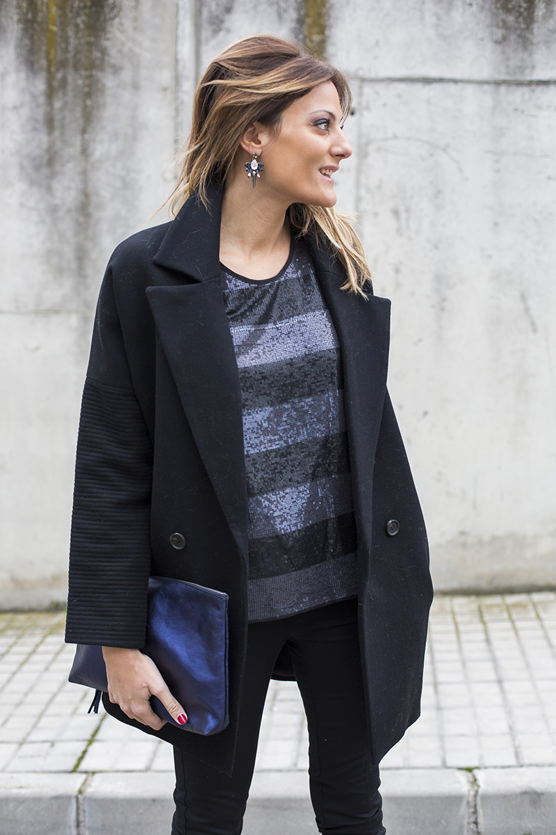 Abrigo/Coat: TINTORETTO, Camisa/Top: TINTORETTO, Pantalones/Pants: TINTORETTO, Pendientes/earings: ANTON HEUNIS, Bolso/Bag: LACAMBRA, Zapatos/Shoes: ELIE SAAB, Navidad, nochevieja, looks fiestas, looks para la oficina, tintoretto, el corte ingles, top pailletes, elie saab, lacambra, abrigo coccon, looks festivos, stylelovely, formula joven,tintoretto, el corte ingles, formula joven, looks fiesta, looks oficina, nochevieja, 2015, navidad, looks navidad, cokctail, cocktail de empresa, cristina blanco, guía de estilo, guiadeestilo blog, fashion blogger,