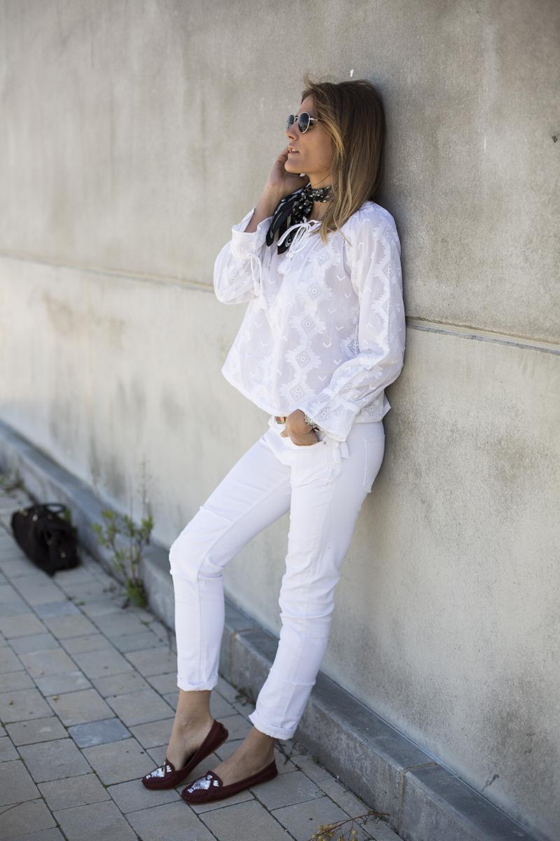 Total white-16449-cristinablanco