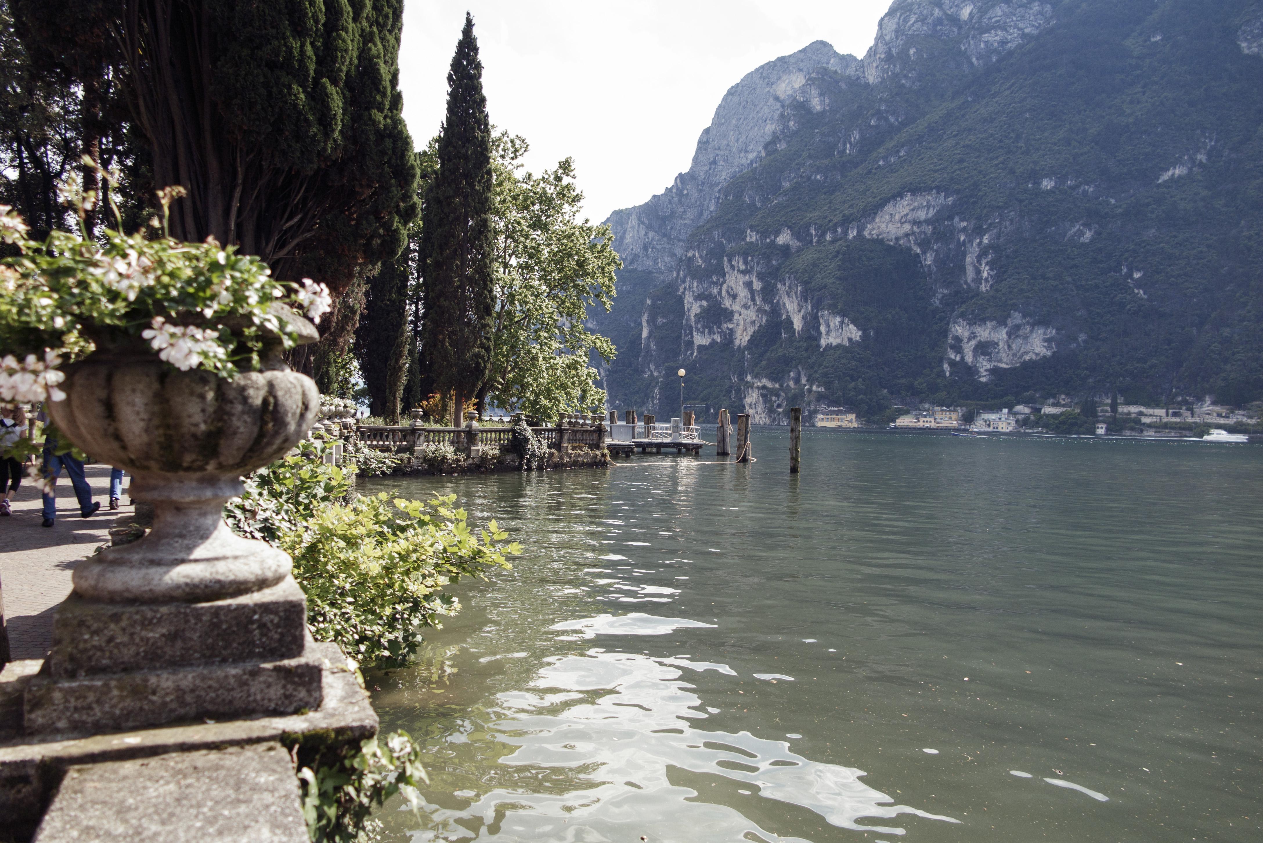 limone sul garda, lago de garda, lombardia, italia, malcesine, riva del garda, expo riva schuh 86, travel, viajes, turismo,