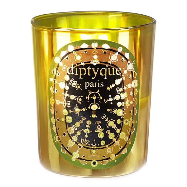 diptyque-pine-candle-lit