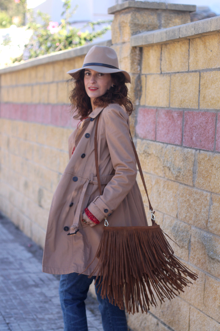 fringed-bag-camel-hat-trench-3
