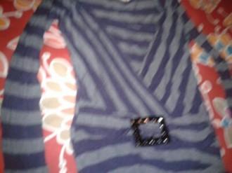 camisa de rayas moradita y gris