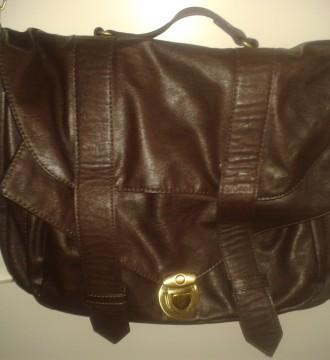 Bolso cartera marrón estilo vintage
