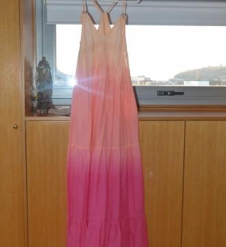 vestido rosa en degradé