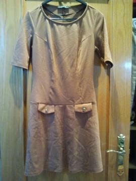 Vestido vintage marrón.