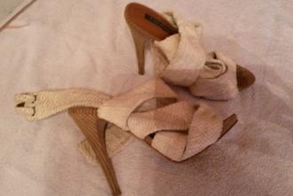 sandalias de Zara sin uso