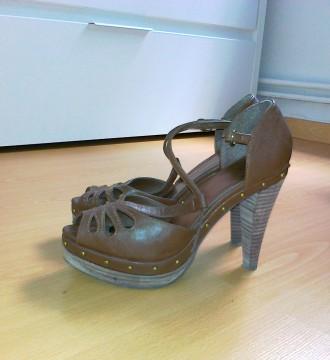 Zapatos tacon Sfera talla 38