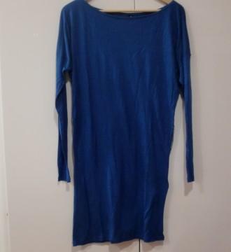 Nuevo. Vestido azul Bershka