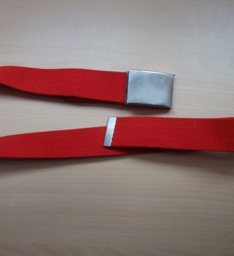 Cinturón de cadera rojo ajustable