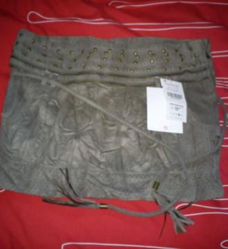 falda de ante de Berska con etiqueta sin estrenar