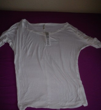 camiseta blanca stradivarius sin estrenar