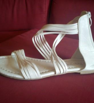 sandalias del numero 39 blancas nuevas