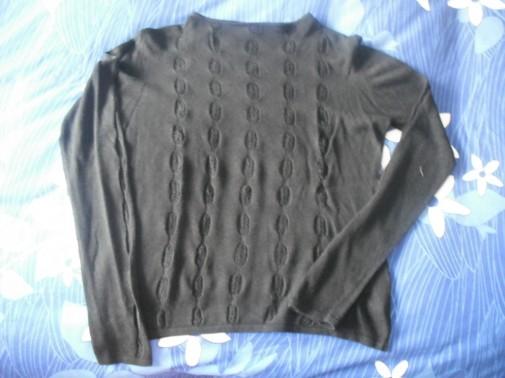 Jersey negro calado