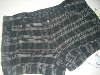 Pantalón corto stradivarius. Cuadros