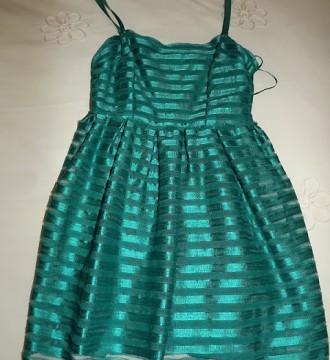 Vestido cóctel HM XS en color verde