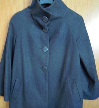 chaqueta tipo capa de pimkie
