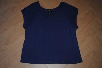 Blusa azul oscuro