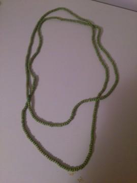 Collar maderitas