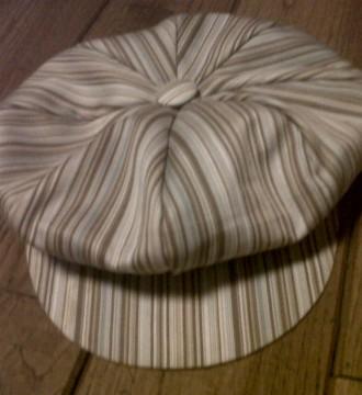 Gorra colores pastel (azul, beis y blanco)