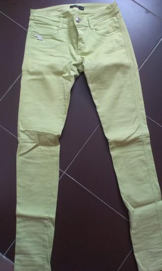 Pantalón pitillo verde pistacho – XS