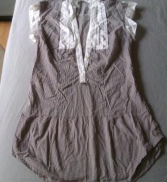 Vestido camisero de rayas blanco y gris