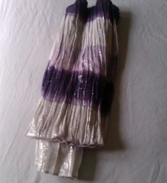 Pañuelo con brillo tonos lilas y blancos