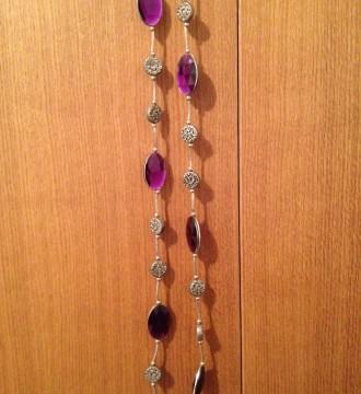 Collar de plata con brillantes violeta