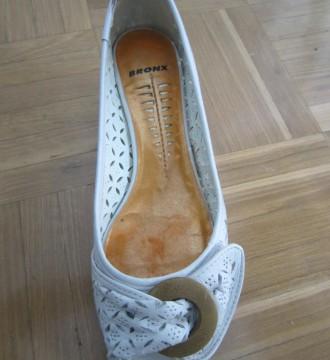Zapatos blancos de cuña